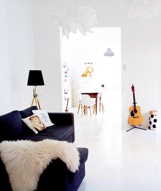 02-living-roomjpg