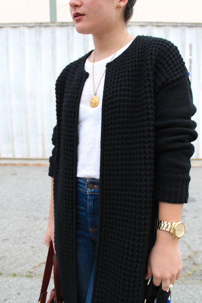 oversized black sweater