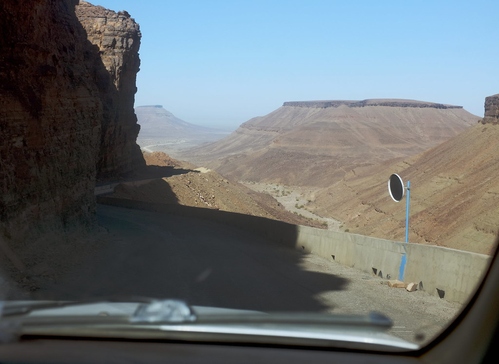 Chinese Road, Adrar mountains