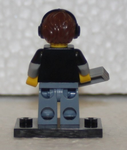 71007_LEGO_Minifig_Serie_12_24