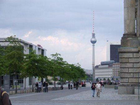 obiective turistice berlin alexander platz