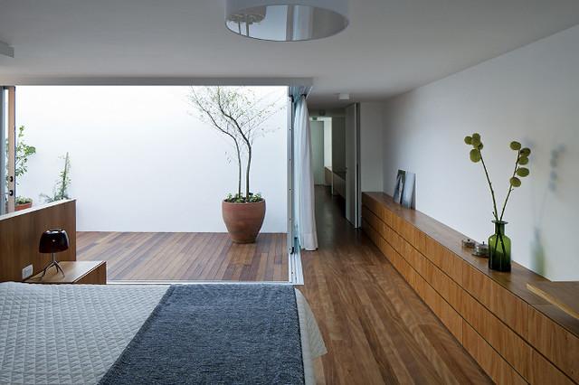 Patios interiores luz y diseo espacios vives for Fotos patios interiores