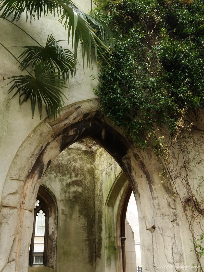 St Dunstan-in-the-East, London @ alittleadventure.net