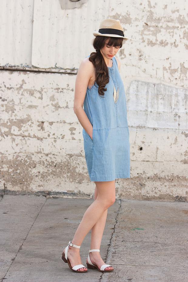 Everlane Chambray Dress, iSanctuary Necklace, Summer Hat