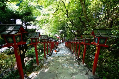 Kifune Shrine (貴船神社) in Kibune (貴船) Kyoto (京都) Japan  by TOTORORO.RORO