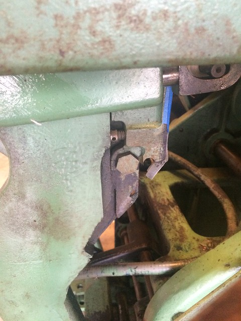 C&P_Bottom_Of_Bed-Rail_Broken