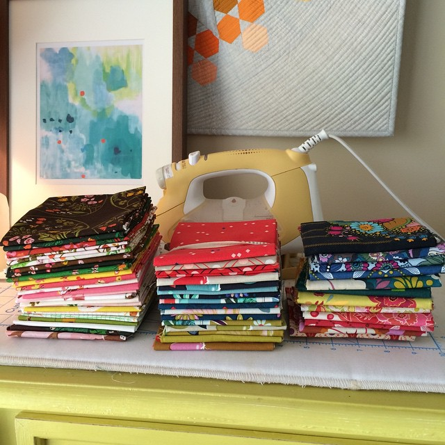 I have (at least) 3 quilts planned and fabrics picked. Now who can give me more time. Lots of computer work this week. ����