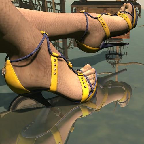 Glamistry: 21 Shoe