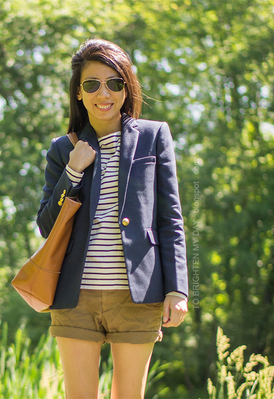 long navy blazer, striped top, cargo shorts, cognac brown tote