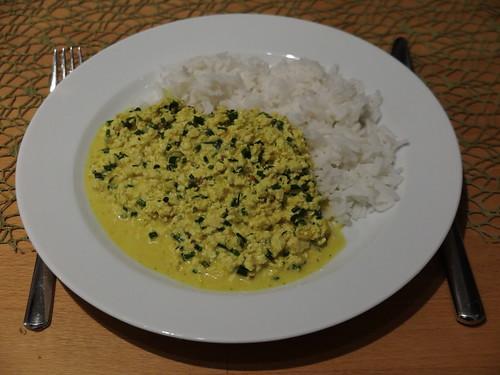 Tofu-Curry-Sahne zu Basmatireis