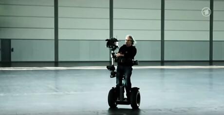 Kameraman mit Segway