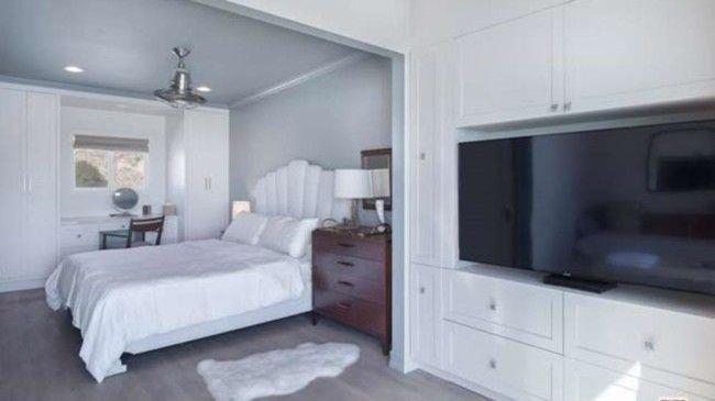 Дизайн гостевой спальни пляжного дома в Малибу