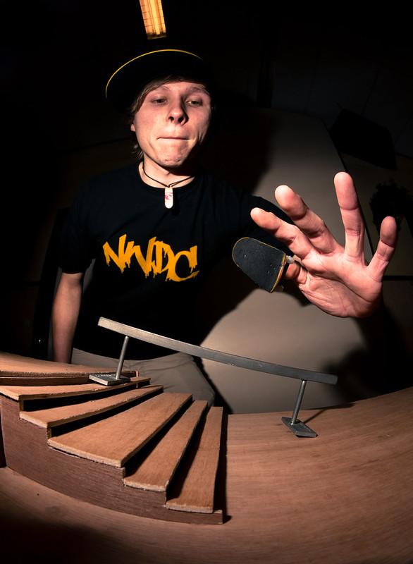 Masters Of Fingerboarding - Schöneborn - SW BS Flip