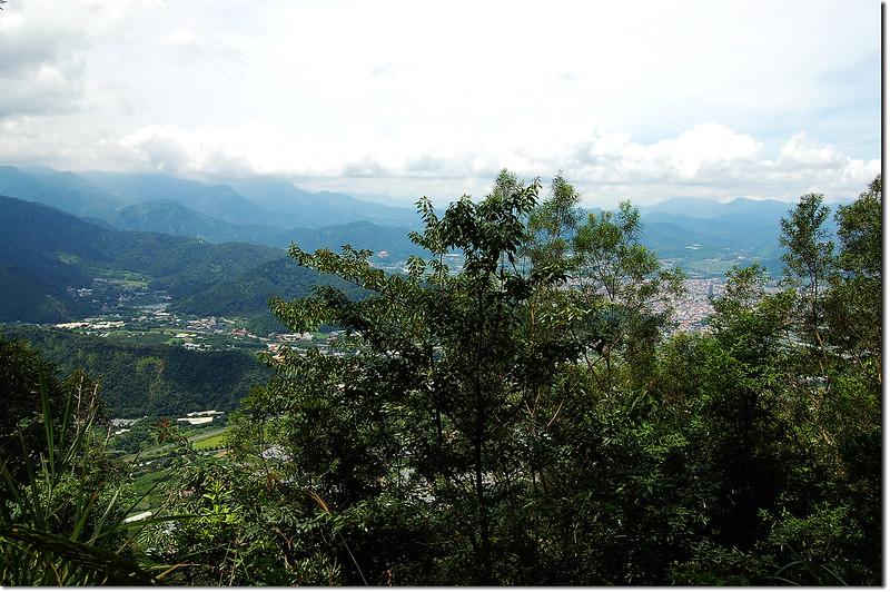 西關刀山南峰俯瞰埔里地區 3
