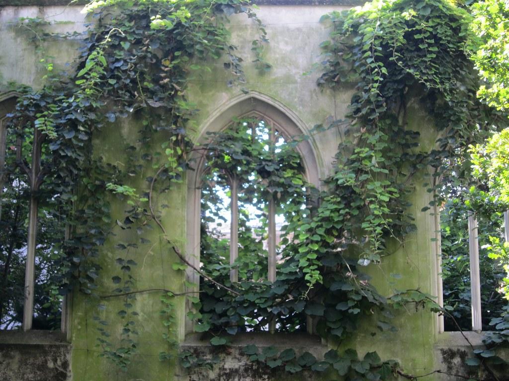 In the Saint Dunstan in the East Church Garden