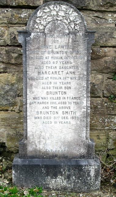 Roslin Cemetery, War Gravestone 1