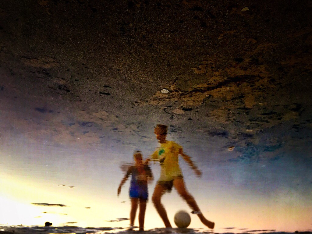 Playing soccer on the beach in my world of dreams, the world upside down... Good night! . #ShotOnIphone6S Camera+ #Snapseed #Mextures