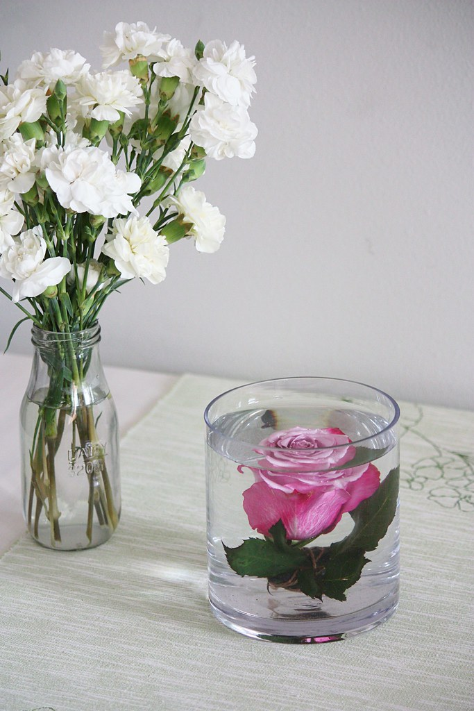 ruusun upottaminen