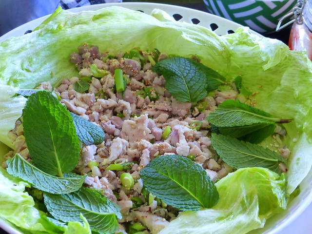 Laab gai (chicken larb)