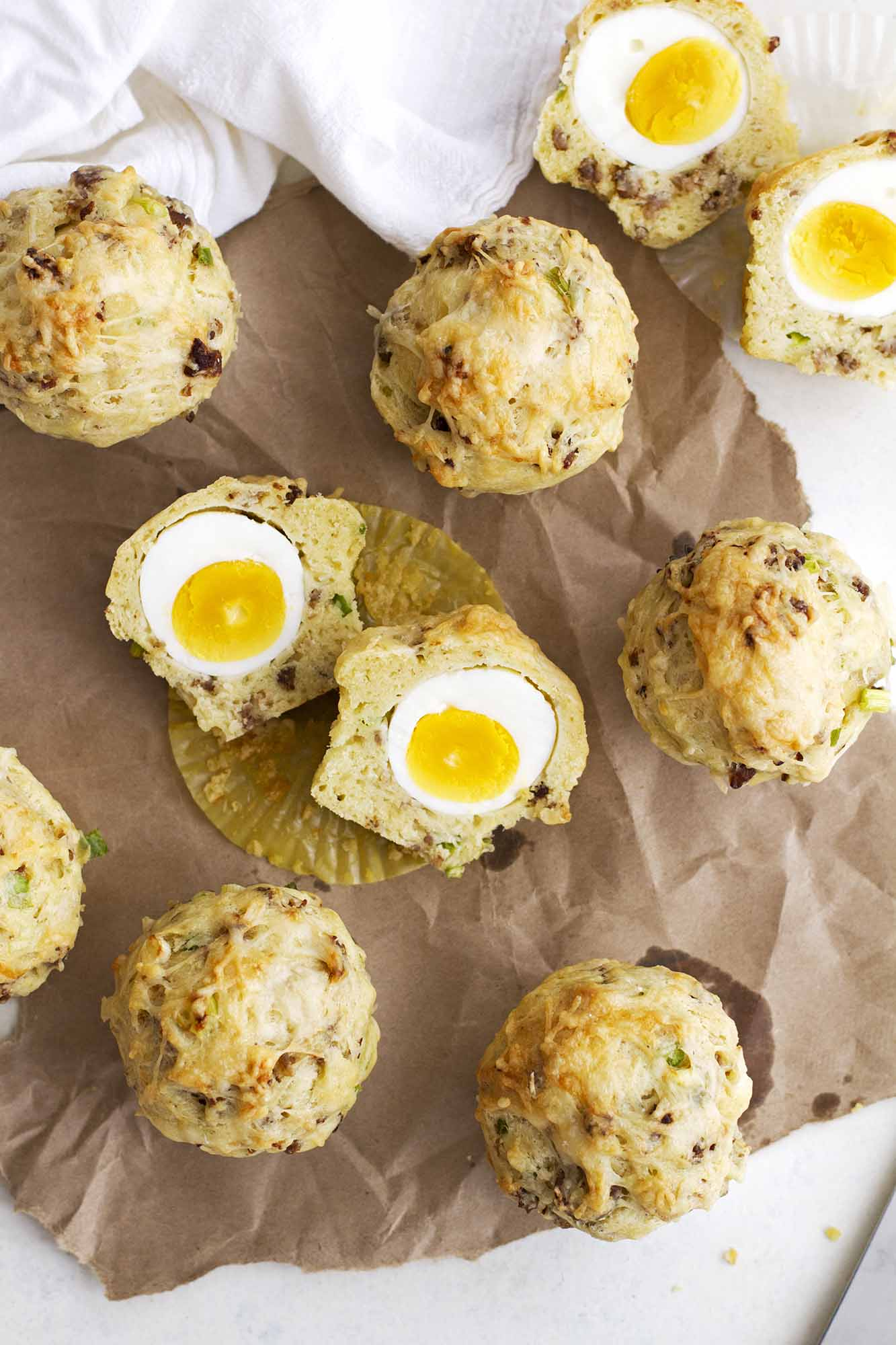Breakfast Egg and Cheese Muffins | girlversusdough.com @girlversusdough