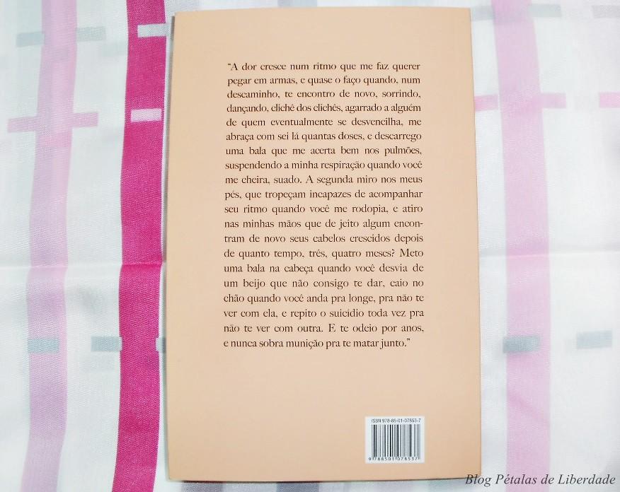 Resenha, livro, Cravos, Julia-Wähmann, Editora-Record, Capa, fotos, trecho, opiniao, critica