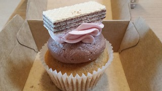 Neopolitan Cupcake by Cloverly Cupcakes