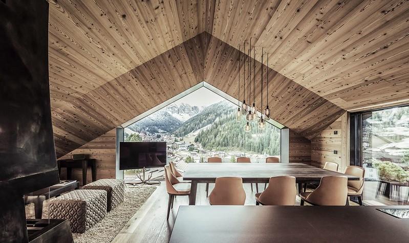 Коттедж в Доломитовых Альпах. Проект Perathoner Architects