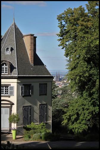 Château de Bellevue et vue sur cathédrale
