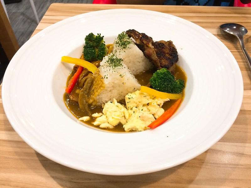 日式照燒雞腿排咖哩飯