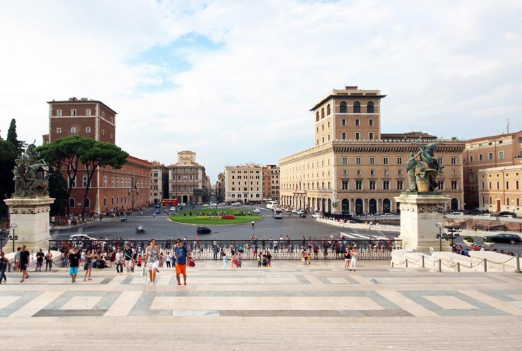 Piazza_Venezia_3