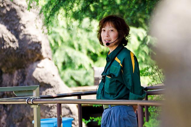 Polar Bear Keepers of Yokohama Zoological Gardens : ホッキョクグマの飼育係のお姉さん