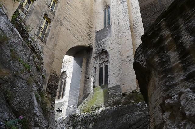 Rue Peyrollerie Avignon