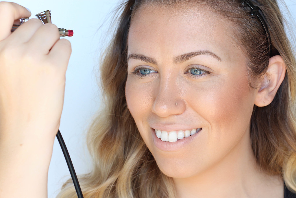 Beginner's Guide to Airbrush Makeup with Luminess Air Airbrush System Living After Midnite Beauty Blogger Jackie Giardina