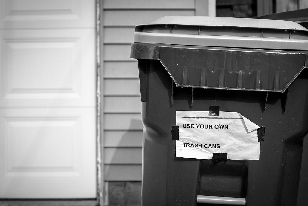 (337/366) Trash Talk