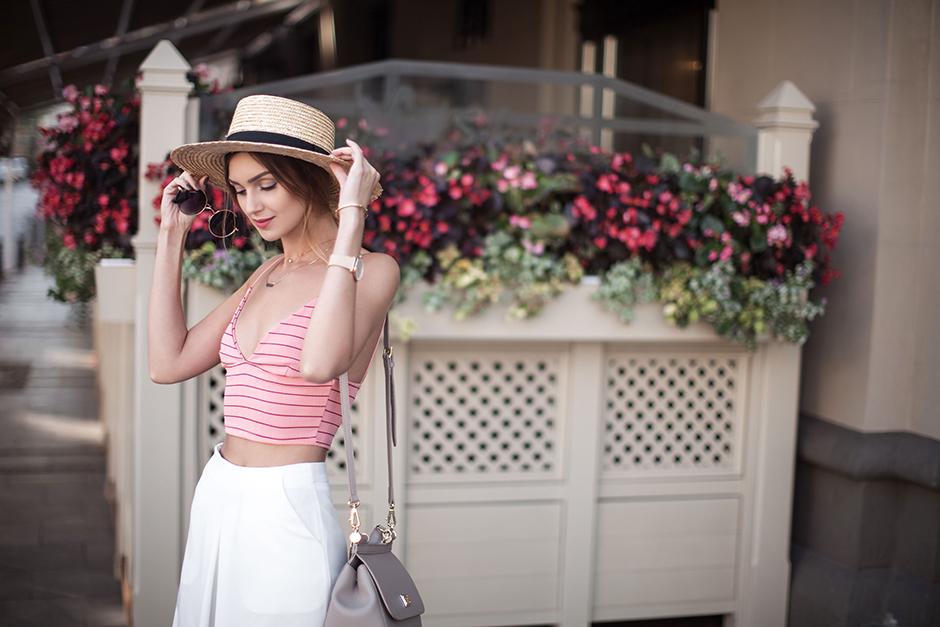 fashion-blogger-ukraine-nika-huk-outfit-minimal-style