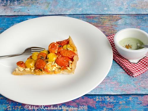 Tomaten Tarte-Tatin mit Basilikum-Joghurt