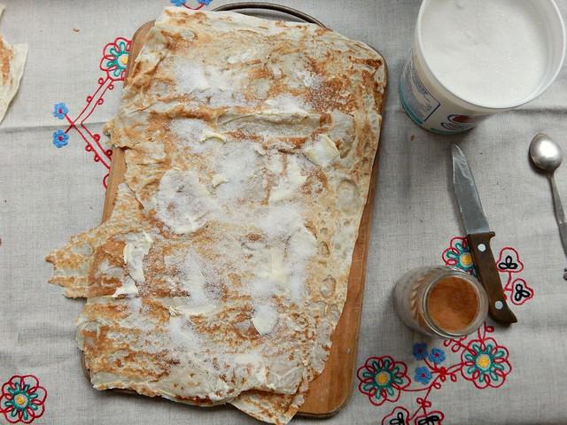 Зажаристый сливочный лаваш с сахаром и корицей | пошаговый фоторецепт | HoroshoGromko.ru