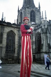 stilted juggler