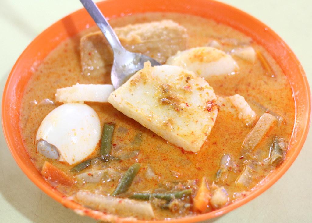 selera-menanti-traditional-malay-cuisine-lontong-kuah