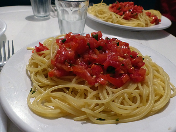 tomates glacées et spaghetti