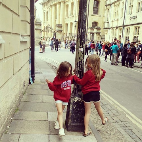 Stadsbezoek met meisjes. #janne1709 #sien90210 #oxford #hoodies