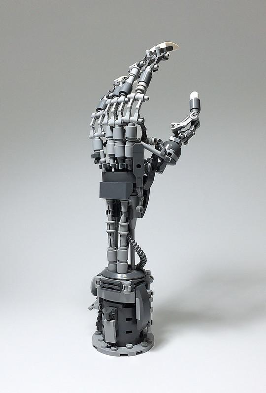 LEGO Mech Hand-02