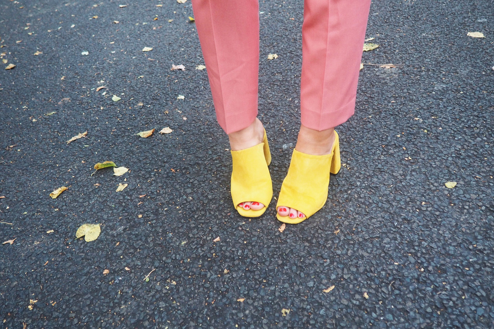 pinksuit2