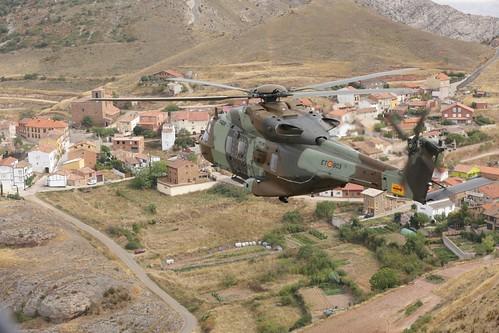 Vuelo del HT-29 rumbo a la base de Agoncillo (16)