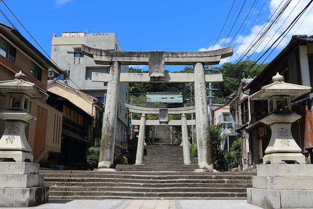 諏訪神社 / 鳥居