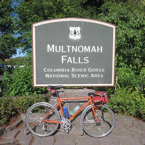 Multnomah Falls kit bike