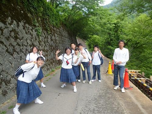 jp16-Shirakawa-go-montagne (2)