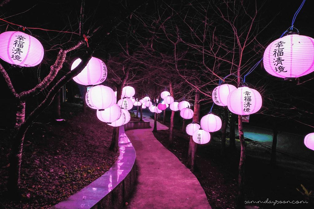 cingjing-lanterns-taiwan-night