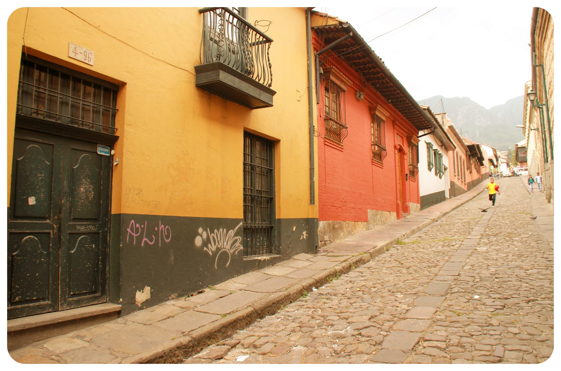 Bogota la candelaria street