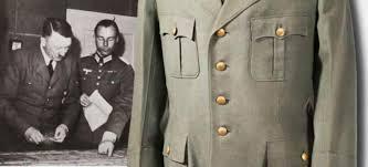 Личные вещи Гитлера: серый китель за 275 000 евро